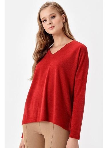 Jument Alba V Yaka Uzun Kol Yırtmaçlı Salaş Bluz Kırmızı